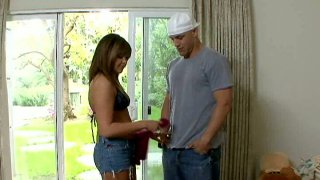Crummy Brandi Lace is pro in pampering man's cock